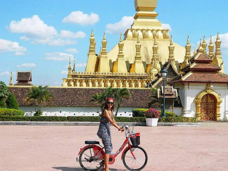 Laos-tourist-attractions Pha-That-Luang
