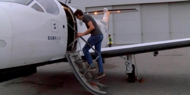 man who takes plane to work