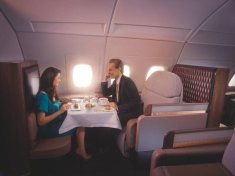 Qatar-Airways-Airbus-A380-First-Class-dinner