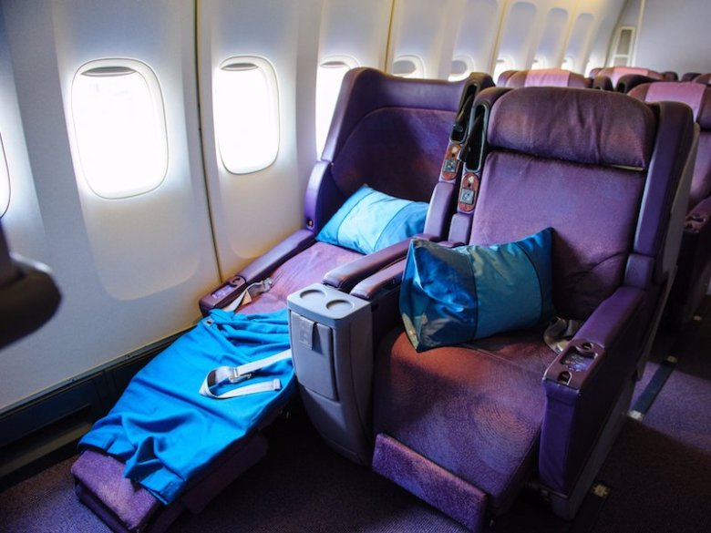blanket and pillow airplane