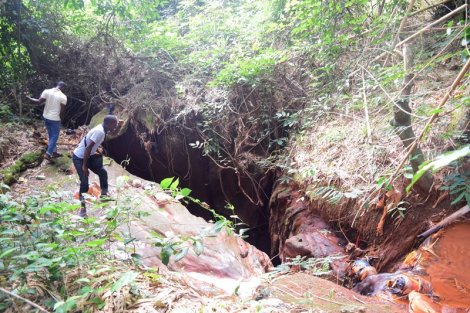 TOP OF THE NGWO CAVE (1)
