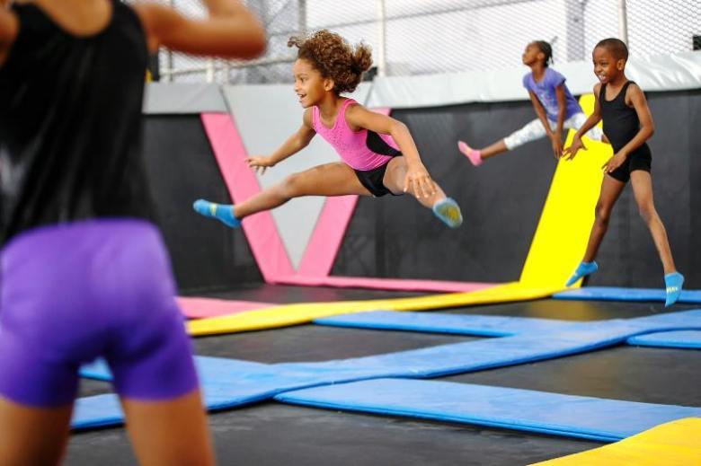 Upbeat_Free_jumping
